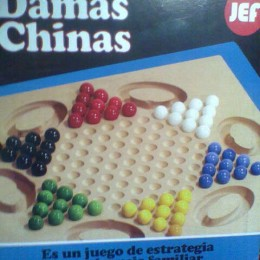 Damas chinas en base de madera